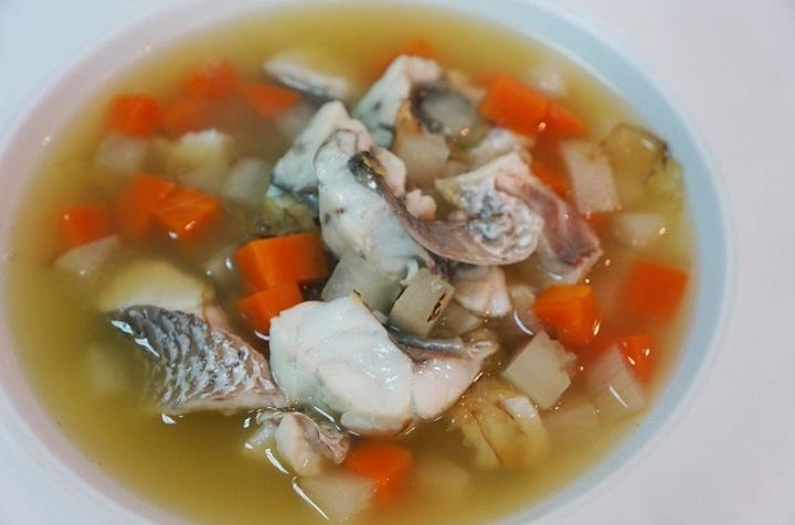 促進消化昆布蘿蔔鮮魚湯...