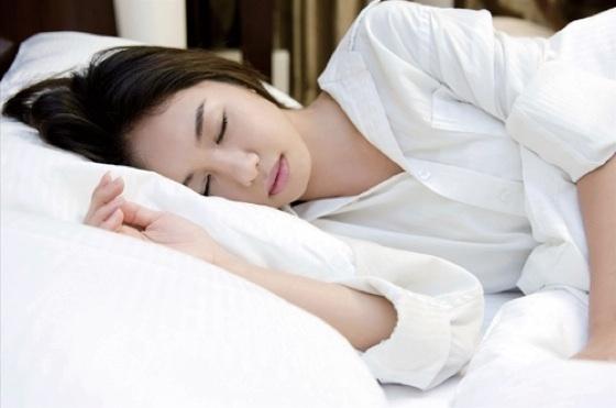 「失眠」怎麼辦?教你調治不同情況下失眠的民間妙方!...
