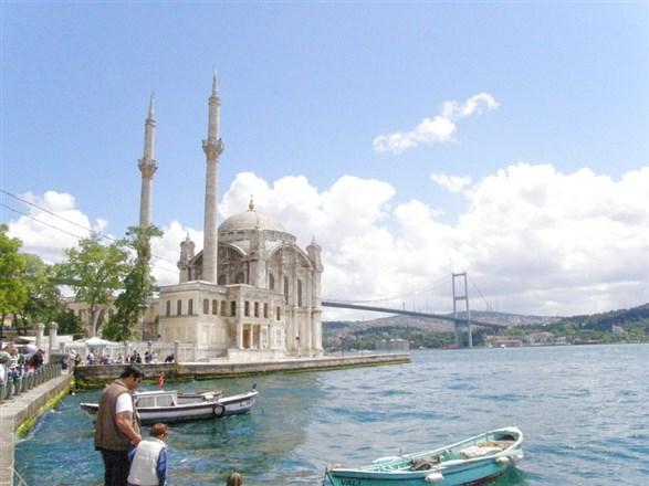 白袍日誌-深埋的笑容重新被喚起!帶著幸福回土耳其~...