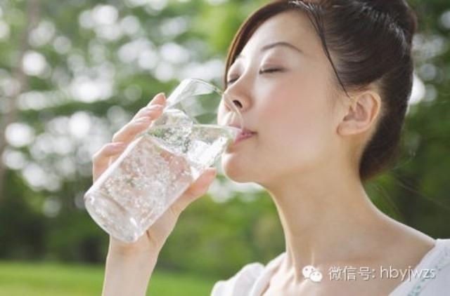 十種病:一杯開水就能解決。(你肯定不知道!)...