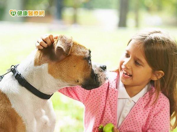養寵物防過敏真的可以嗎?...