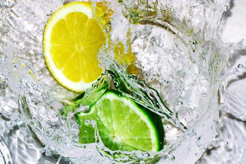 女人太需要一個檸檬了,看完以後99%的人都買檸檬去了!...