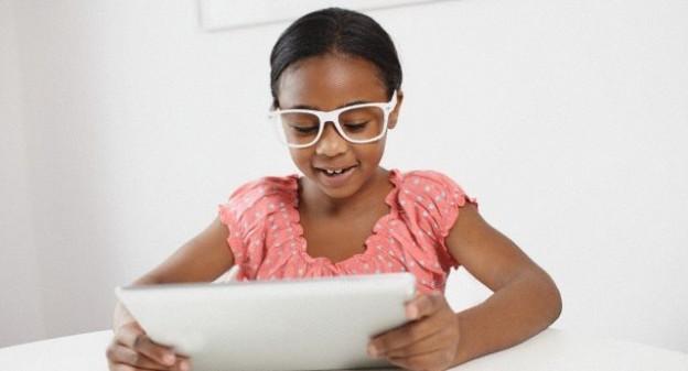 抗藍光眼鏡無用?醫師:螢幕看太久才是關鍵 健康達人網...