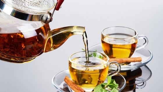 這樣喝茶一定會致食道癌拜託千萬別這樣喝...