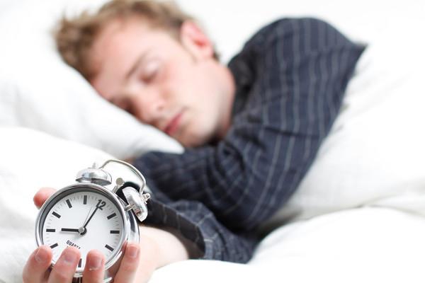 14個可以讓你睡得更好的方法今晚就開始實行!...