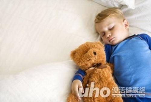 可怕!男童長期貧血、易疲倦,竟是幼年型瘜肉作祟(趕快回家檢查...
