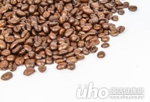 研究:愛喝咖啡的女性較不易耳鳴...