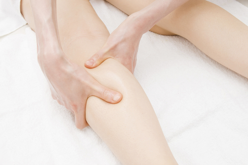 預防感冒的妙招,你一定要試試看「小腿肚按摩」法!原來小腿肚可...