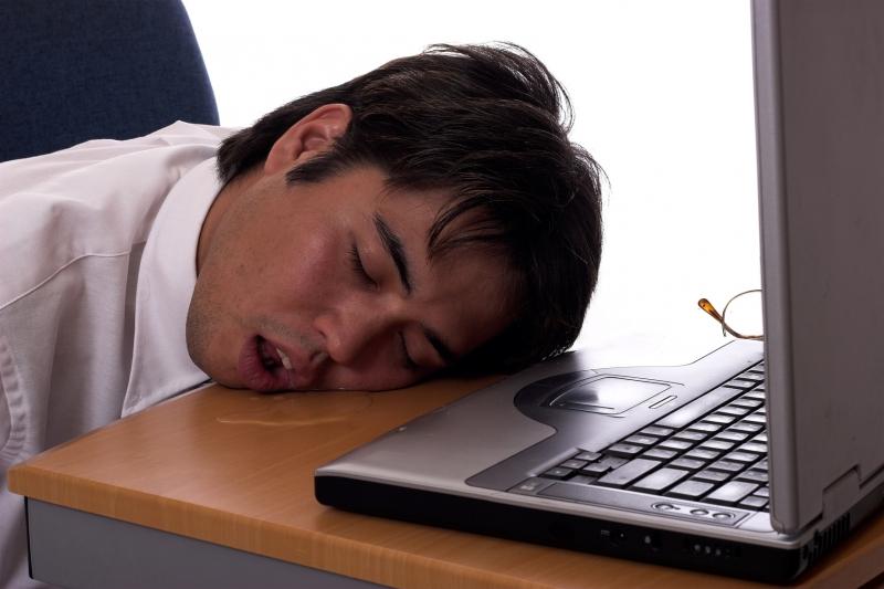 「睡再久也睡不夠」、「睡覺流口水」、「頭髮出油」、「小腹大」...