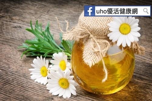 騙好大!!市售蜂蜜過半不符合標準....辨別真假蜂蜜的小撇步...
