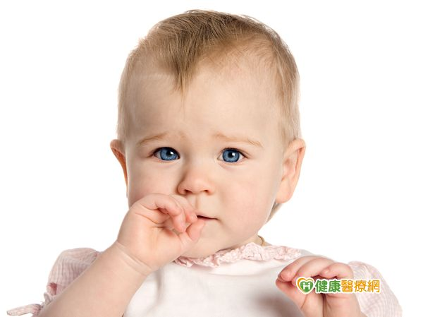 寶寶喝母奶會得到奶瓶性齲齒嗎?...