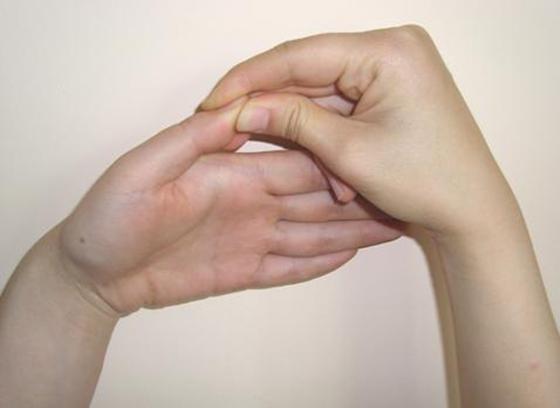 手指操可以預防老人痴呆!!每天只要這樣柔一下就可以~...