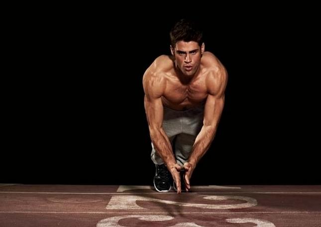 8招健身術!教你一次運動到身體所有肌群...