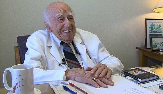 一位50年老醫生的真實告白:全身健檢根本不用花錢,我們都是這...