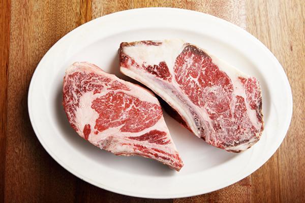 加國爆狂牛症病例,牛肉暫停進口...