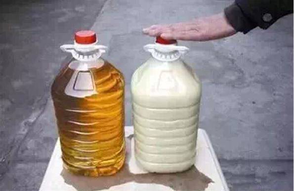 抽空把您家裡的油放到冰箱裡2個小時,震驚的一幕!!!...