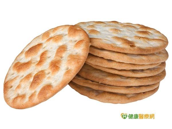 6片蘇打餅乾熱量等於半碗飯...
