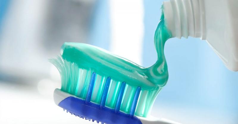 牙膏使用不當會致癌?!小孩幾歲才能用牙膏?!原來每天用的牙膏...