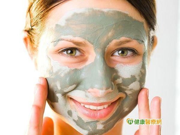 不洗臉讓皮膚變光滑?小心臉上微生物孳生...