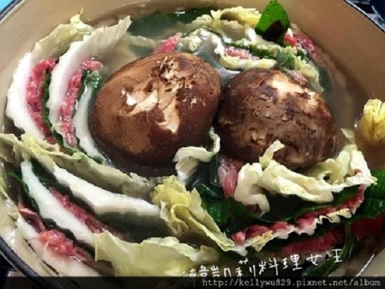 超夯的韓式火鍋(밀푀유나베)這樣做!韓國媳婦示範:一道又健康...