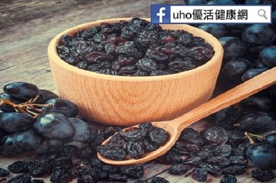 連皮帶籽營養多!葡萄皮、葡萄籽都不放過,有助於____!...