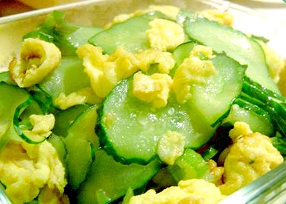黃瓜+雞蛋,7天刮掉5公斤,要減肥的快看~...