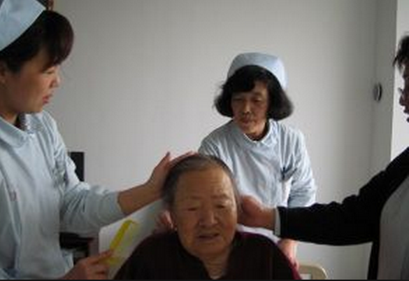 65歲阿婆大便前後肛門不斷疼痛,而且有鮮血滴出!就診之後發現...