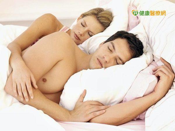 天氣悶熱易失眠兩招助入眠...