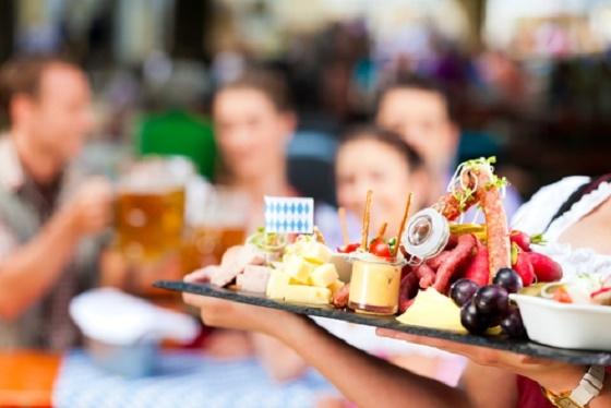 超簡單!成功減重10㎏的經驗者告訴妳:外食也能「防止吃太多」...