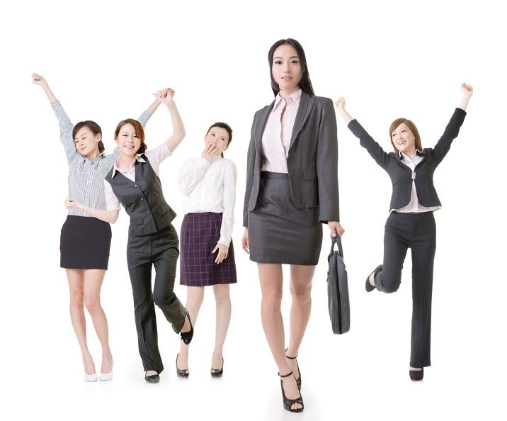 職場媽媽處境艱難,半數受不平等待遇!!薪水比男性少一萬......