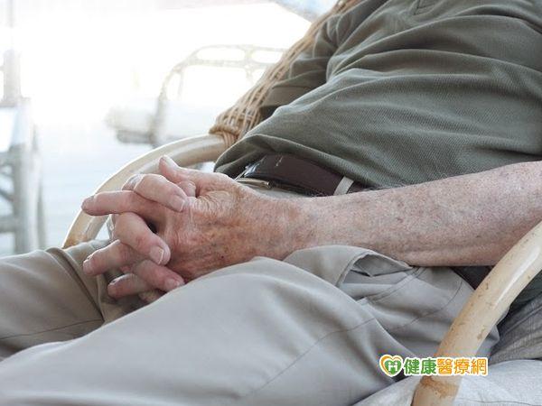 包皮發紅小便痛中年男子罹陰莖癌...