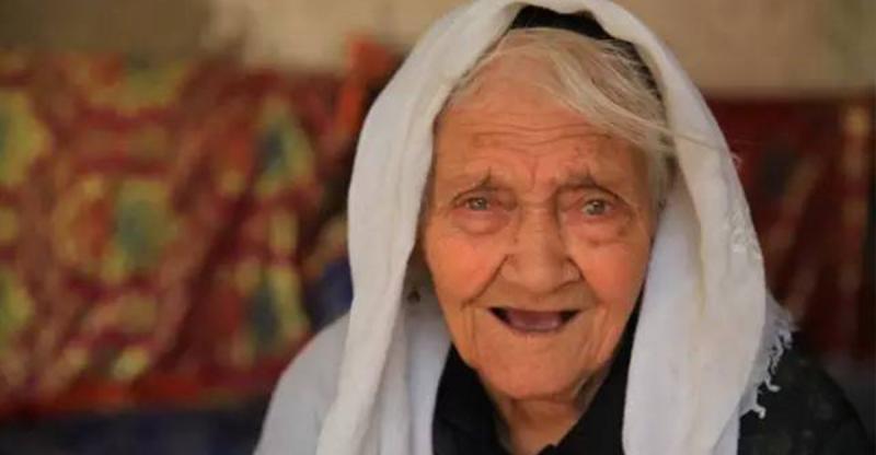 中國第一壽星130歲了!她的「養生方式」卻超乎常人想像,你也...