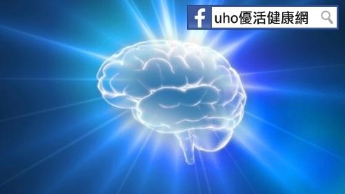 就是那道光!研究:光照能讓失智症患者找回記憶...