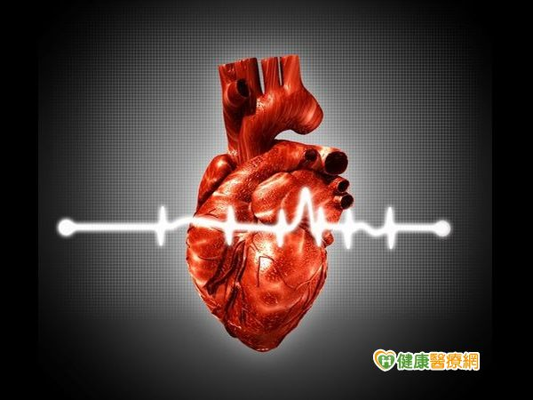 心臟病發應避免自行開車就醫...