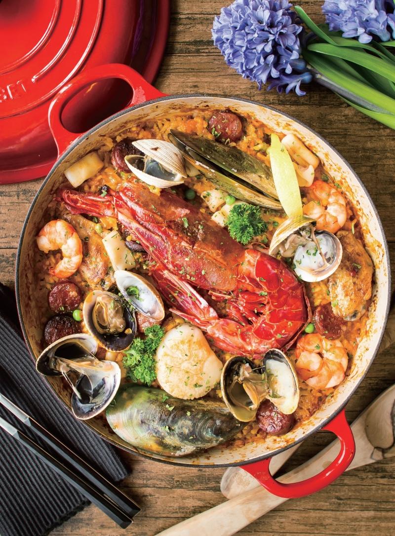 【蘇發福-鑄鐵鍋食譜】餐廳裡的『西班牙海鮮飯』,現在成為你的...