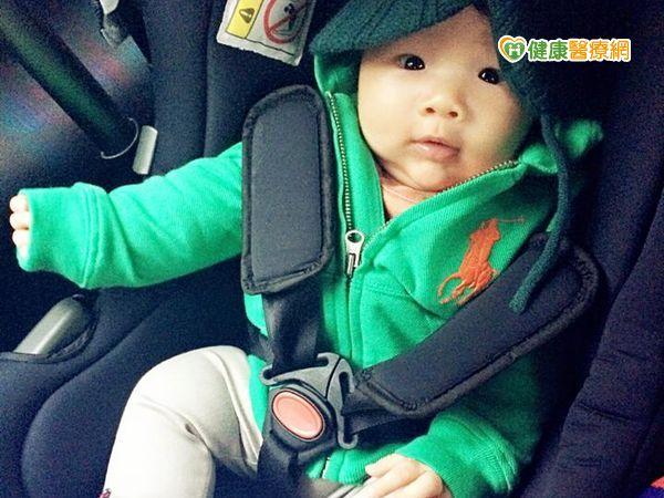 重視孩童交通安全計程車提供兒童汽座...