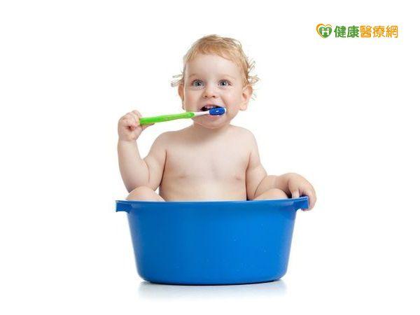 孩子齒歪、營養不良多是乳牙期清潔不徹底...