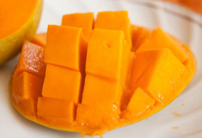 夏天吃芒果好處多多,但有禁忌,這樣吃絕對會很慘!...