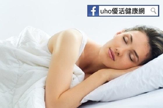 睡姿好壞竟也能防失智!研究:●●效果最好...