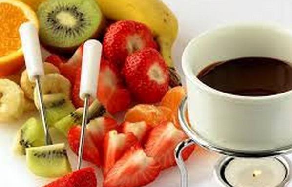 喝咖啡千萬不要和水果一起吃,尤其喝完咖啡就抽菸,患癌機率增加...