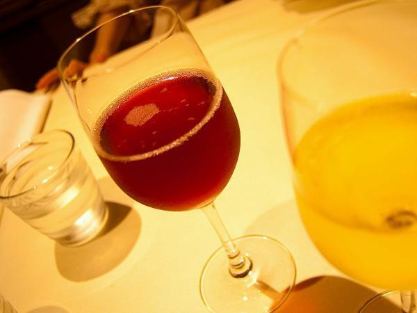 「紅茶+啤酒」,竟然有一個超級養生功效你絕對不知道!!...