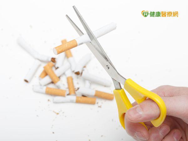 長期菸咳恐患阻塞性肺病...