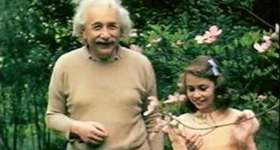 愛因斯坦:「愛」就是宇宙最大的力量...