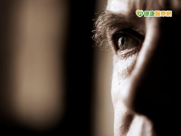 糖尿病患者聽信偏方眼睛險失明...