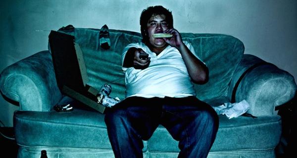 常常熬夜容易導致肥胖?!熬夜一族須謹記這四點...