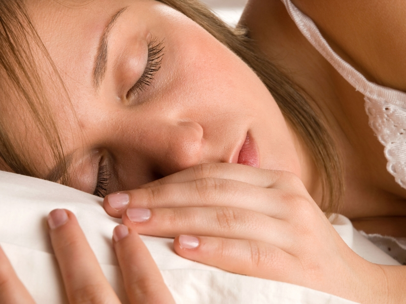 你知道最佳的睡眠時間為「6-7小時」嗎?超過三成民眾沒有正確...