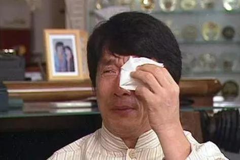 成龍又一個好友倒下了,妻離子散!!成龍等眾多明星哭了...