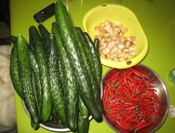 這樣腌的黃瓜可好吃了,給肉都不換!...