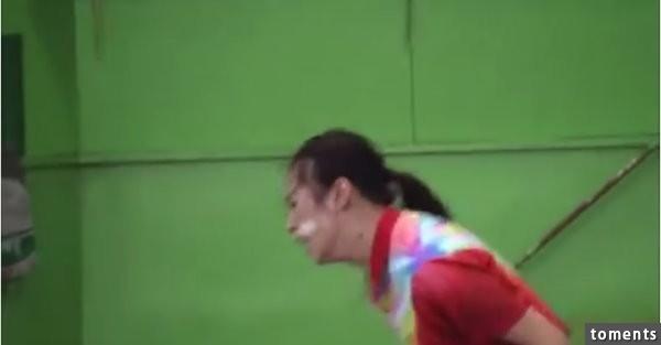 驚!日本桌球對打現場竟出現驚人的一幕!宛若鬼神上身的她,竟然...