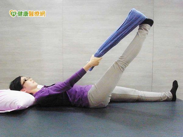 膝蓋卡卡恐退化前兆預防治療有一套...